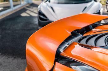 McLaren 720S V8 2dr SSG PERFORMANCE image 15 thumbnail